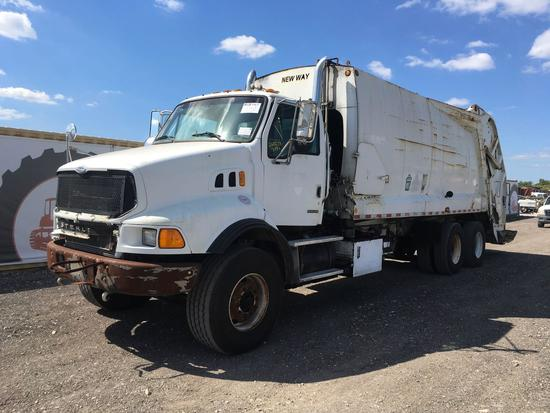 2005 Sterling L9500 Series 32yd Rear loader Garbage Truck