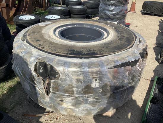 Superhawk 29.5R25 Tire