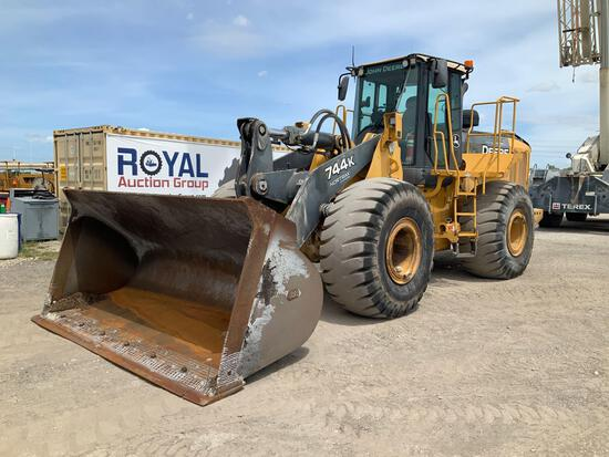 2011 John Deere 744K Articulate Wheel Loader
