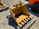 CAT304 30in Excavator Bucket with Teeth