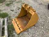 30in Excavator Bucket with Teeth