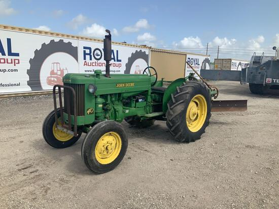 John Deere 40 Ag Tractor with Angle Grader
