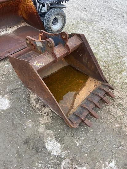 36in Excavator Digging Bucket with Teeth