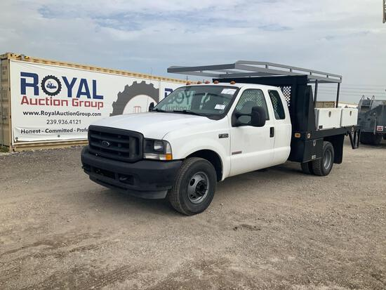 2004 Ford F-350 Ext Cab Utility/Flatbed Pickup Truck