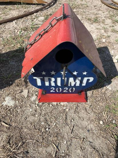 Trump 2020 metal bird house