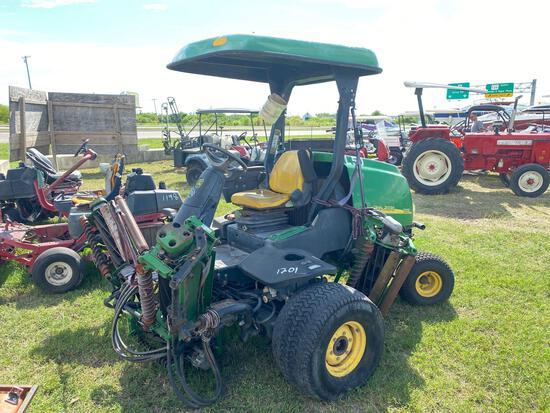 John Deere 3225C Commercial Diesel Mower