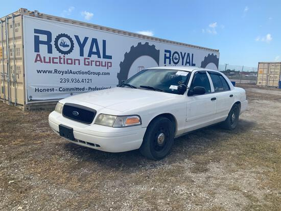 2009 Ford Crown Vic 4 Door Police Sedan