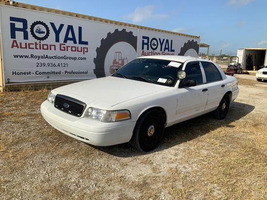2010 Ford Crown Vic 4 Door Police Sedan