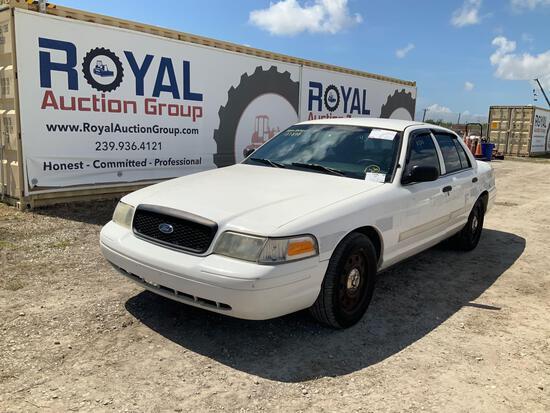 2007 Ford Crown Vic 4 Door Police Sedan