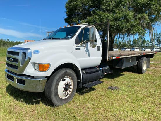 2013 Ford F-750 23ft Flatbed Truck