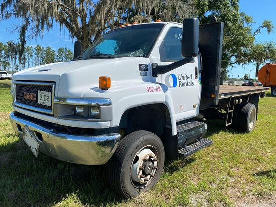 2009 GMC C5500 4X4 14FT Flatbed Truck
