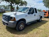 2006 Ford F-250 Extended Cab 4x4 Service Pickup Truck