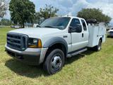 2007 Ford F-450 Extended Cab Service Truck