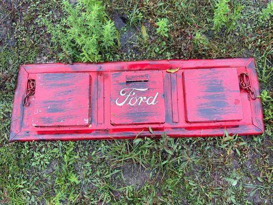 Ford Tailgate Sign