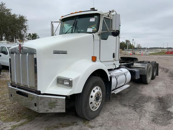 2008 Kenworth T800 T/A Day Cab Truck Tractor