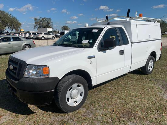 2008 Ford F-150 Enclosed Topper Pickup Truck