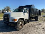 1999 Ford F800 Debris/Brush Hauling Truck