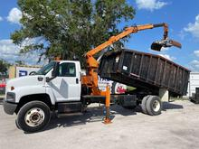 2003 GMC C7500 Petersen TL3 Grapple Truck