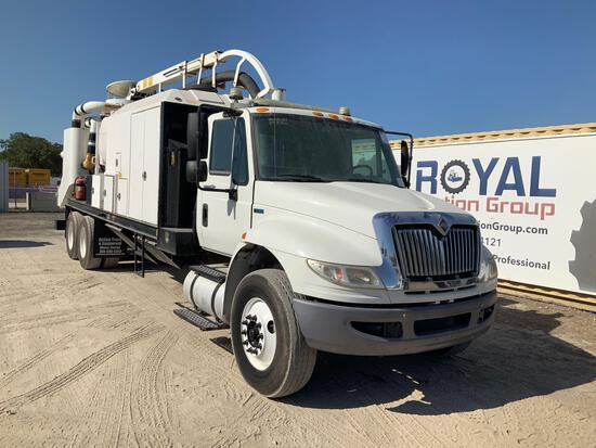 2014 International DuraStar 4400 T/A Vacuum Truck