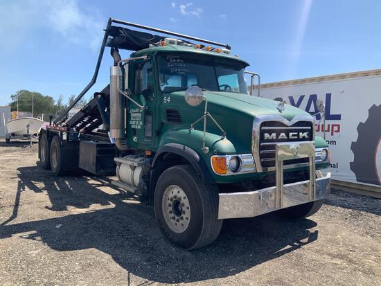 2005 Mack CV713 Granite T/A Rolloff Dumpster Truck
