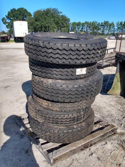 Six 295/75R22.5 Commercial Truck Tires
