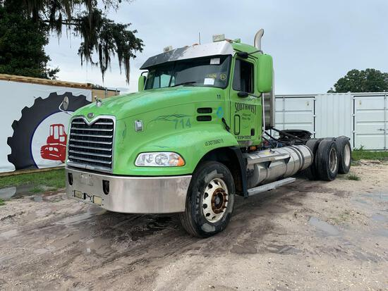 2000 Mack CX613 Wet Kit T/A Daycab Truck Tractor