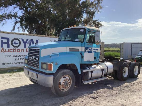 1995 Mack CH613 T/A Daycab Semi Truck