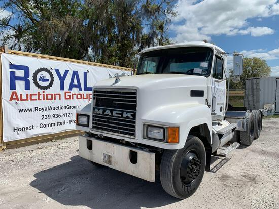 2000 Mack CH613 WET KIT T/A Daycab Truck Tractor
