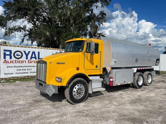 1998 Kenworth T800D 4,000 Gallon Fuel Truck