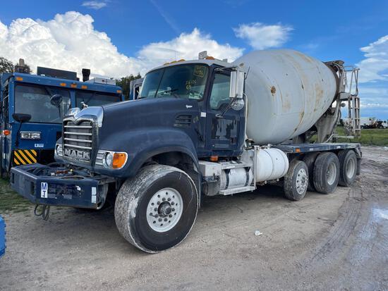 2005 Mack CV713 Granite Rear Discharge Tri-Axle Mixing Truck
