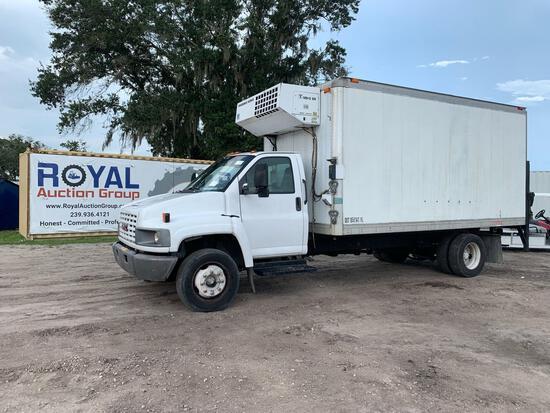 2005 GMC C5500 Reefer Box Truck