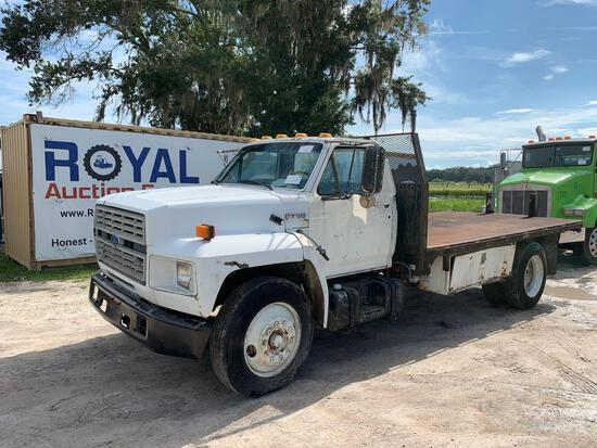 1994 Ford F700 Flatbed Truck