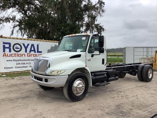 2007 International 4400 Cab and Chassis