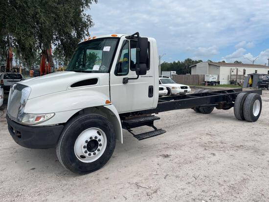 2007 International 4300 Cab and Chassis Truck