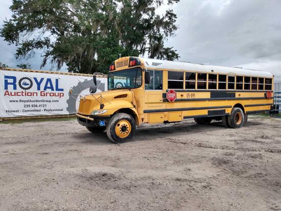 2005 IC Corporation PB105 Handicap Bus