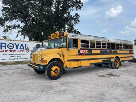 2003 IC Corporation 3000IC Handicap School Bus