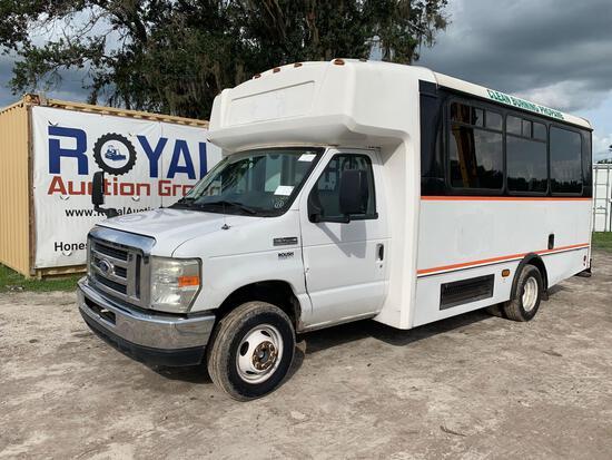 2015 Ford E-450 Champion Handicap Transit Bus