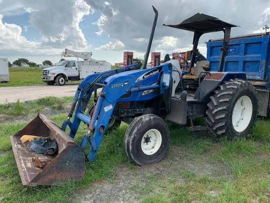 2004 New Holland TL90A Front Loader Tractor