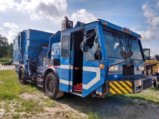 2018 Lodal CNG Side Loader Garbage Truck