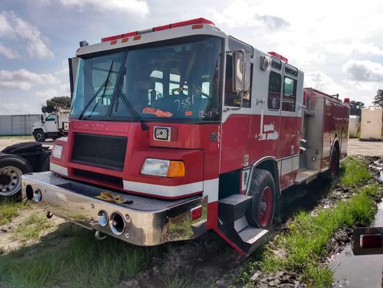 1999 Pierce Model Tilt Cab Pumper Fire Truck