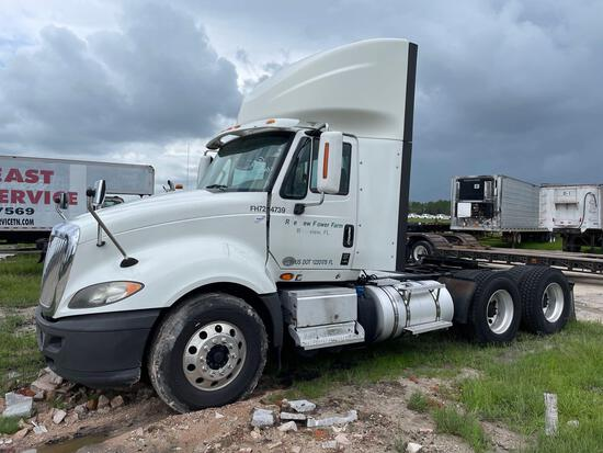 2015 International ProStar Daycab Semi Truck