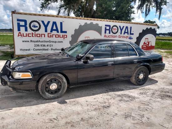 2011 Ford Crown Victoria 4 Door Police Cruiser