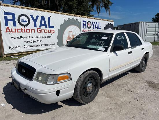 2010 Ford Crown Victoria 4-Door Police Cruiser
