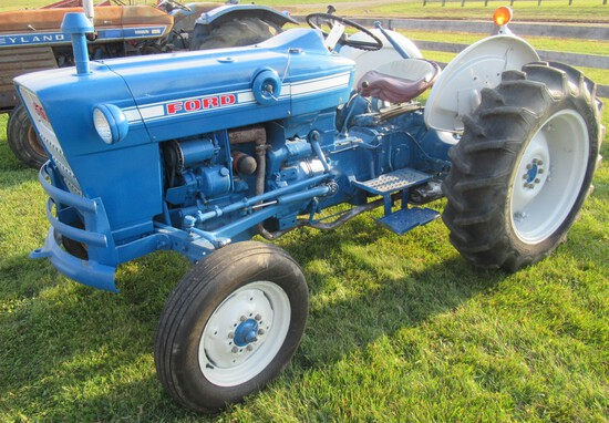 1973 Ford 2000 Gas Tractor with 597 Hours.