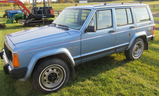 1985 Jeep Cherokee Pioneer Diesel 4x4 Auto Trans with 137K Miles. Vin#IJCBC7825FT172562.