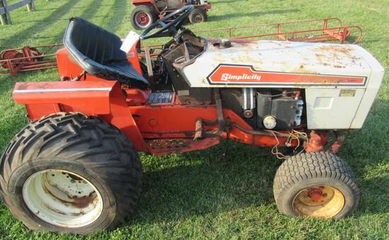 Simplicity Pow'R Max 9020 Garden Tractor. Non Running.