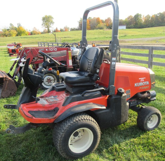 2015 Kubota F3990 Diesel 4x4 Mower with 635 Hours.