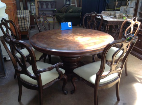 THOMASVILLE ROUND DINING TABLE AND 6 CHAIRS