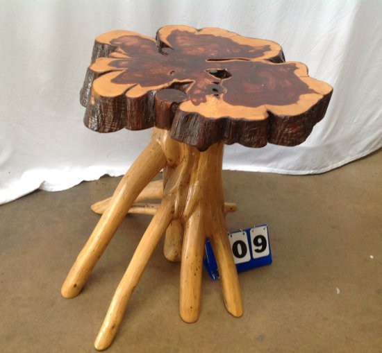 CEDAR STUMP TABLE
