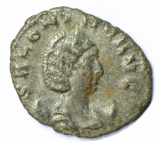 ANCIENT ROME - SALONINA - WIFE of GALLINEUS - 254-268 AD
